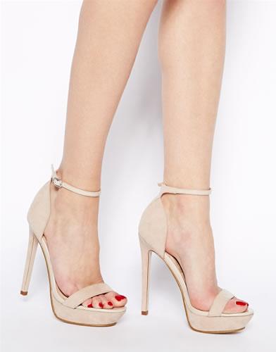 zapato con plataformas de moda para mujer