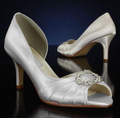 zapatos de novia color plateados