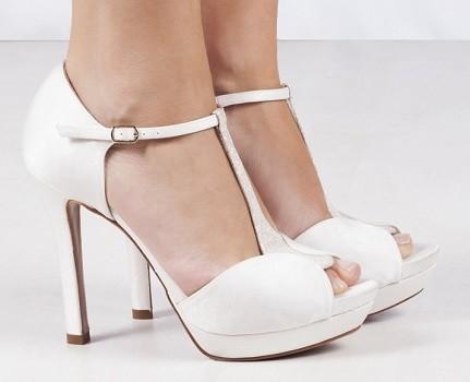 pura-lópez-catálogo-zapatos-novia-2
